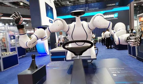 智能生产和自动化推动,在运工业机器人总量再创新高