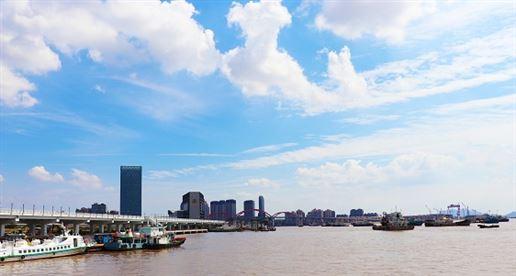 一周趣评:华为基站市占全球第一;小米自动驾驶高薪招人