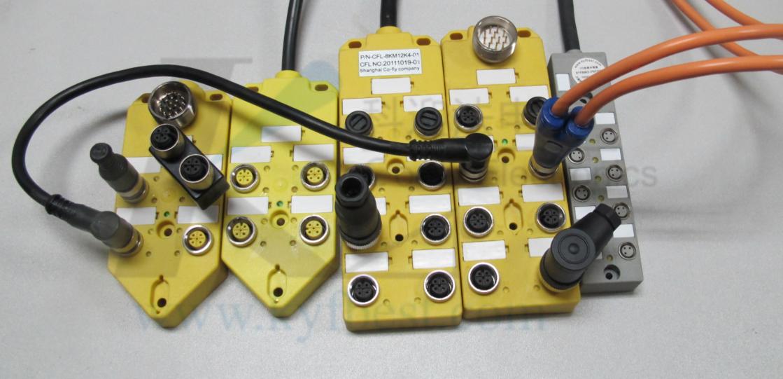 头产品介绍     产品名称:M12型传感器防水连接器,全屏蔽型,现场自接电缆型,针型孔型,直头弯头(不带电缆)      产品芯数:3针3孔、4针4孔、5针5孔、6针6孔、7针7孔、8针8孔、12针12孔。     自接电缆外径:4-6表示配接电缆外径为4-6mm,6-8表示电缆外径为6-8mm